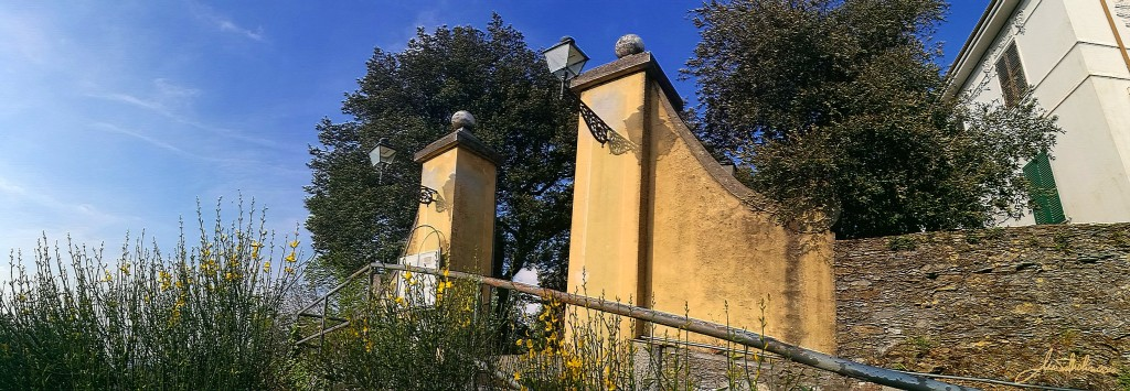 montallegro-portale-viale